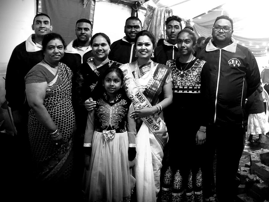 Team SRBM with Deepika Jonnalagadda Mrs India South Africa 2nd Princess Official SRBM Ambassador